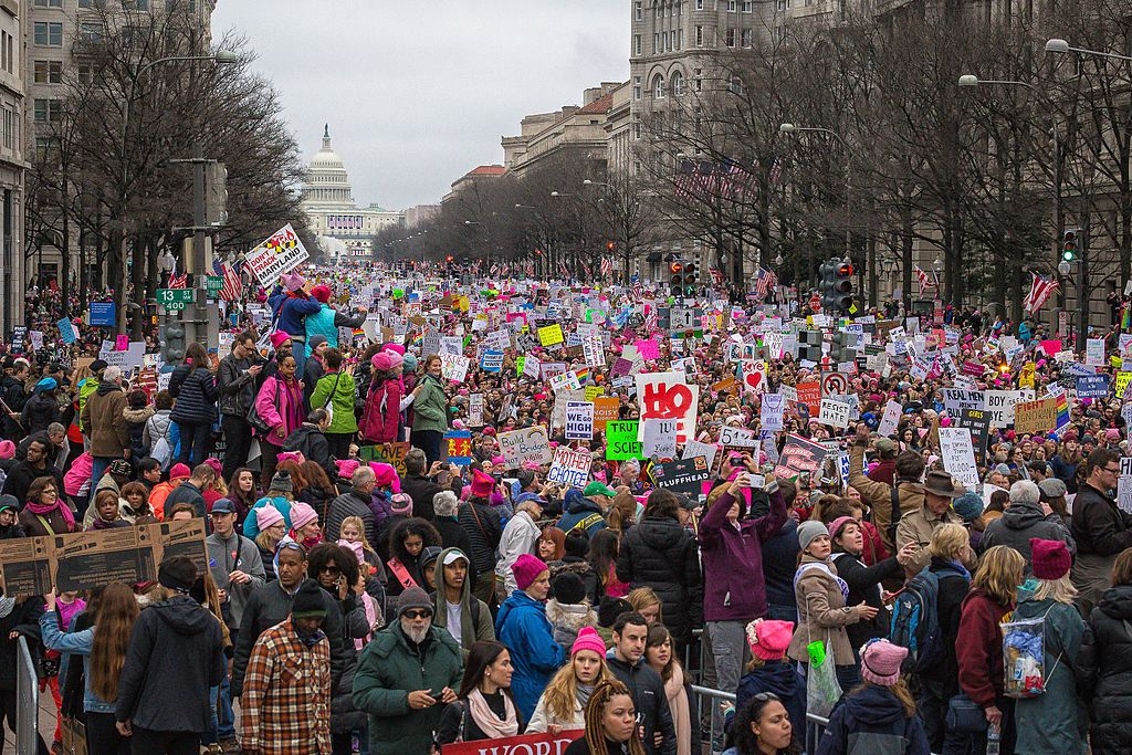 Women's_March_on_Washington_-_Pennsylvania_Avenue
